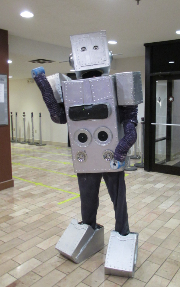 an excellent cosplay of a dancing robot